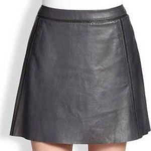 Vince navy leather contract trim mini skirt 10